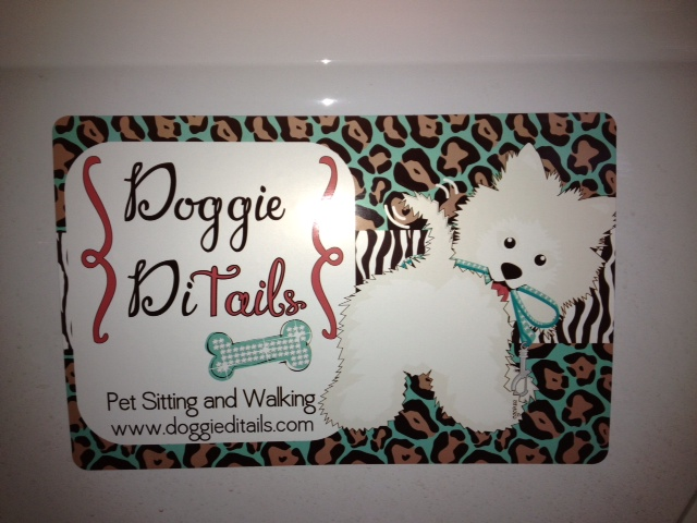Doggie DiTails - car magnet